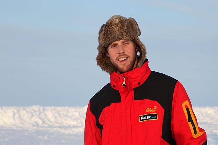 Marcel Schütz, unser Mann in Spitzbergen. Diesmal als PolarNEWS-Fotograf mit am Nordpol.